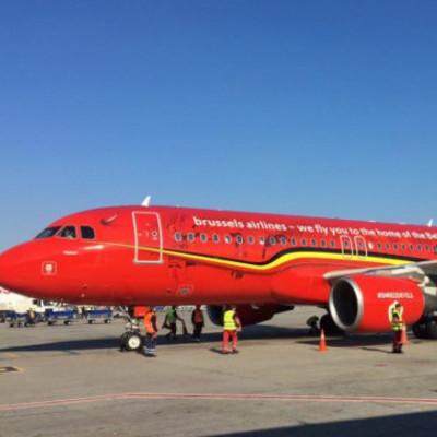 """В """"Борисполе"""" встретили первый прямой рейс из Брюсселя (фото, видео)"""