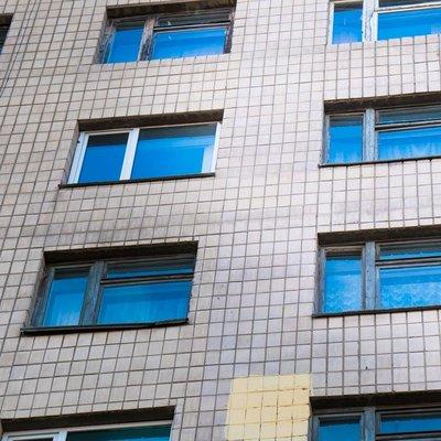 В Киеве женщина родила двойняшек и выбросилась из окна