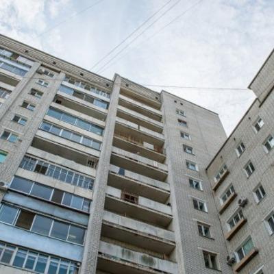 На Киевщине ревнивый муж выбросил жену из окна