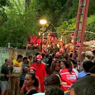 По меньшей мере 14 человек погибли вследствие оползня в Бразилии