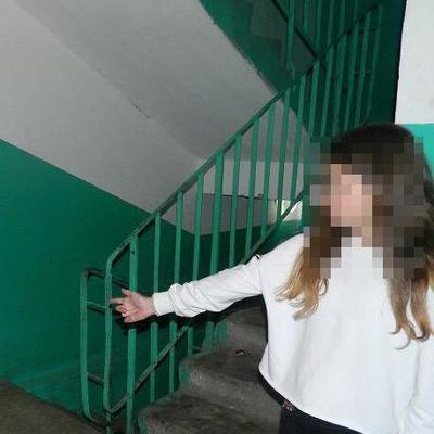 На Троещине в подъезде ограбили девочку-подростка