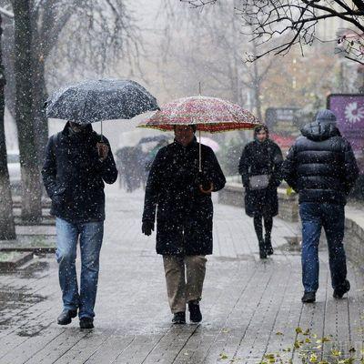 В Украине сегодня незначительно потеплеет и пройдет мокрый снег - синоптики