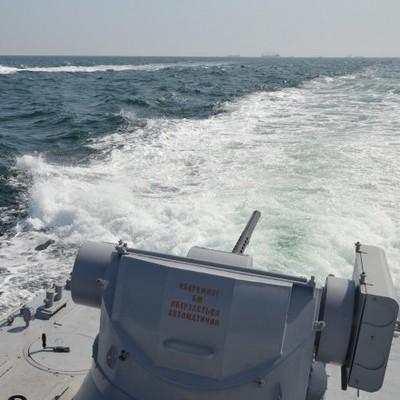 Пограничный корабль РФ протаранил буксир ВМС ВС Украины