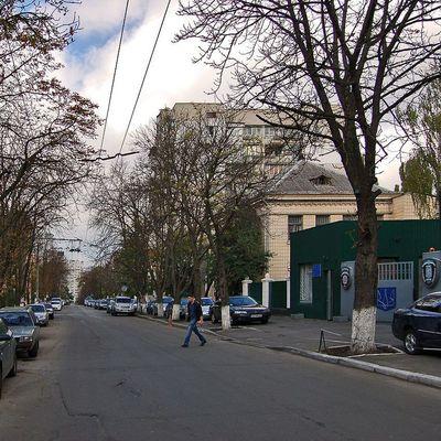 В Киеве переименовали улицу Курскую