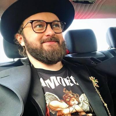 Избиение Дзидзьо: нападавший угрожал артисту неоднократно