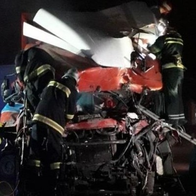 Грузовик въехал в кафе на Хмельнитчине: есть погибшие