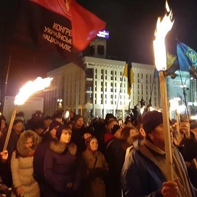 В столице прошло факельное шествие в честь Степана Бандеры