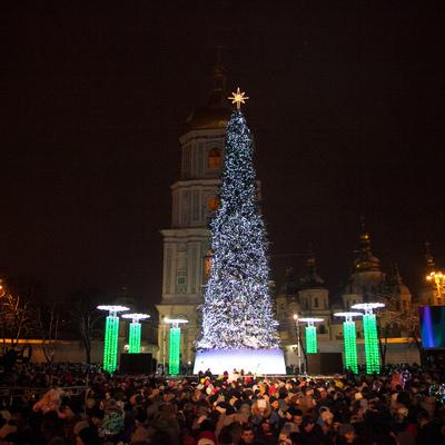 Стало известно, сколько человек встретили Новый год на Софийской и Контрактовой площадях