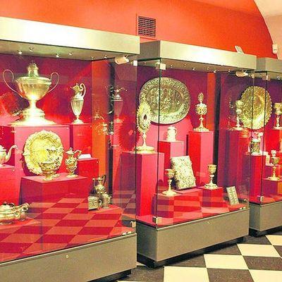 Завтра Музей исторических драгоценностей в честь юбилея приглашает бесплатно посетить экспозицию