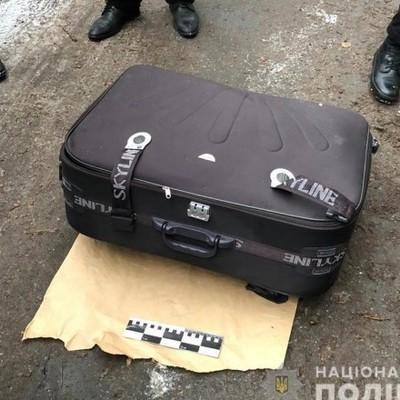 Девушку, которую мертвой нашли в чемодане, опознали