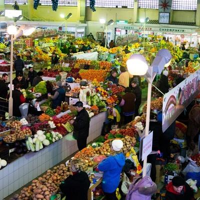 Социальные продукты в Киеве – самые дорогие в Украине