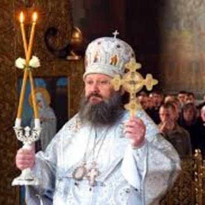 Наместник Киево-Печерской Лавры проклял музейщиков и они умерли