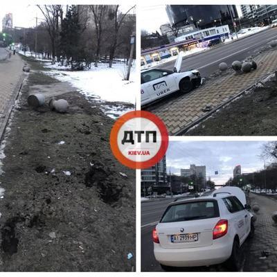 В Киеве водитель Uber уснул за рулем и вылетел на тротуар (фото, видео)