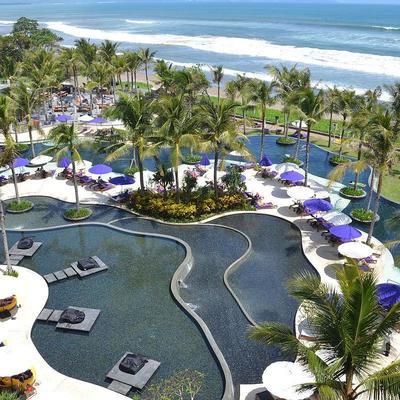 Власти Бали введут налог для туристов