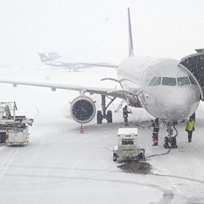 Непогода в Харькове: в аэропорту отменяют и задерживают рейсы