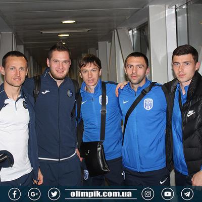 В аэропорту Киева не смог приземлиться рейс с двумя командами украинской Премьер-лиги