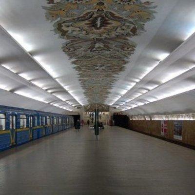 На станциях киевского метро предлагают установить дефибрилляторы