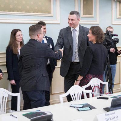 Кличко: Киев начинает долгосрочное сотрудничество с французскими партнерами в сфере управления отходами