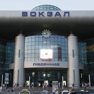 На Киевском вокзале умер пассажир, который опоздал на поезд