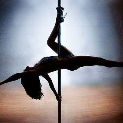 Сегодня во всем мире празднуют день рождения стриптиза (18+)