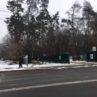 В Киеве обустраивают площадки для начала работ по строительству метро на Виноградарь