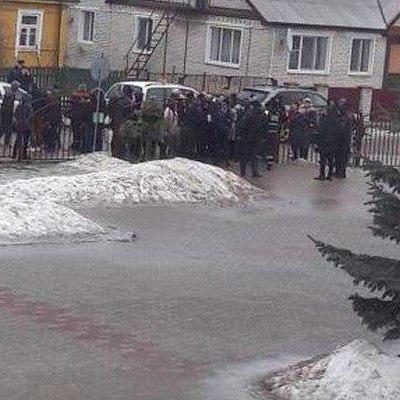 В Беларуси 15-летний подросток зарезал учительницу и одноклассника
