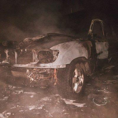 В Киеве ночью сгорел автомобиль депутата горсовета
