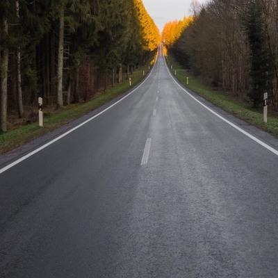 Польская компания получила четверть миллиарда на содержание дорог в Киевской области