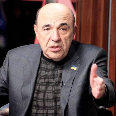 Рабинович заявил, что Кабмин работает незаконно, так как два года не отчитывался перед Радой