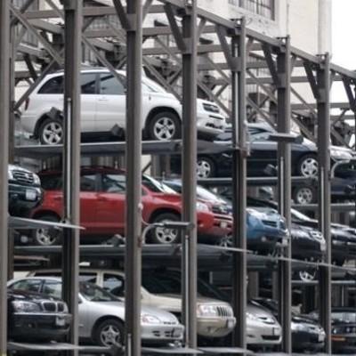 В центре Киева установят механизированные паркинги