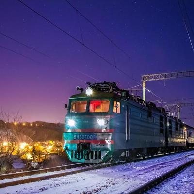 Во Львове под колесами поезда погиб киевлянин