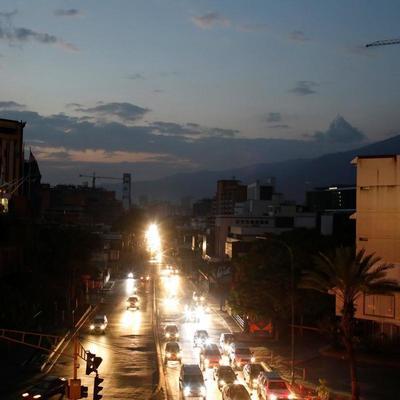 Масштабное отключение электроэнергии в Венесуэле: в больницах умирают люди