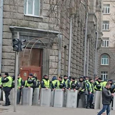 В субботу улицы Киева будут охранять 3 тысячи силовиков