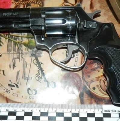 На Троещине мужчина случайно застрелил мать