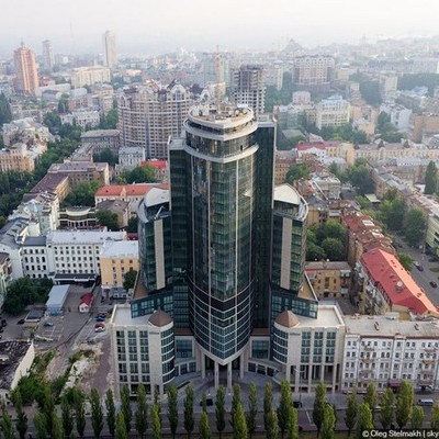 Суд закрыл часть отеля Hilton в Киеве
