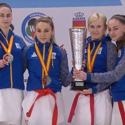 Женская сборная Украины выиграла золото чемпионата Европы по карате