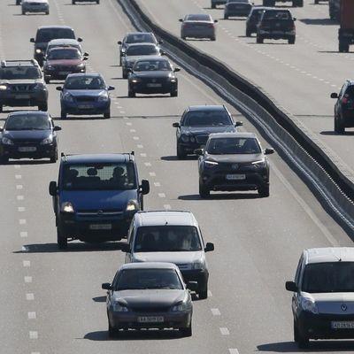 В Киеве возвращают скоростной режим езды 80 км/ч (список улиц)