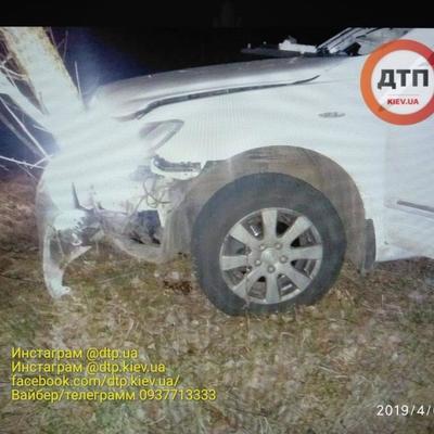На Киевщине на ходу взорвался автомобиль, водитель погиб (фото)