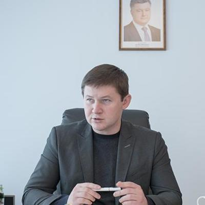 Директор Киевского метрополитена получает самую большую зарплату среди руководителей КП