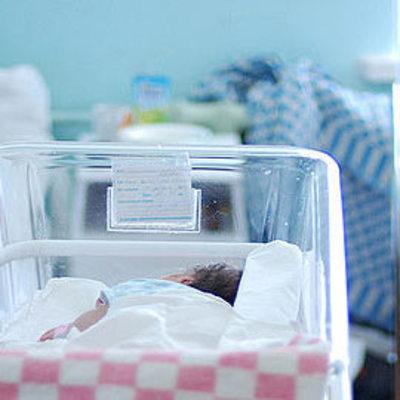 Врач роддома продала ребенка, а пациентке сказала, что малыш умер
