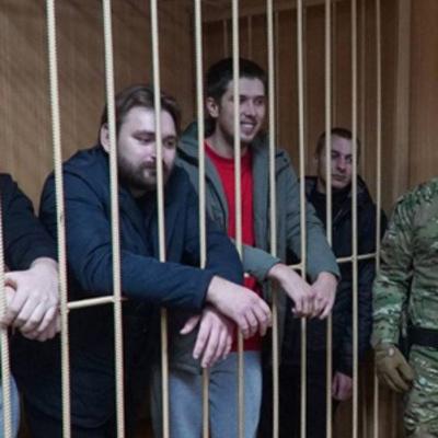 Россия готовится продлить арест 24 пленным украинским морякам