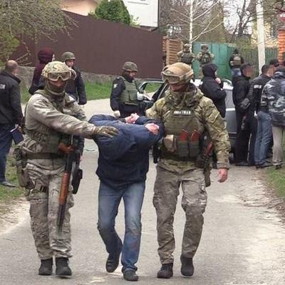 Появилось видео задержания подозреваемых в убийстве ювелира в Киеве