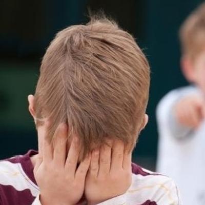 В киевской школе ученик жестоко избил первоклассника