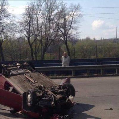 В Киеве произошло две аварии с опрокидыванием автомобилей