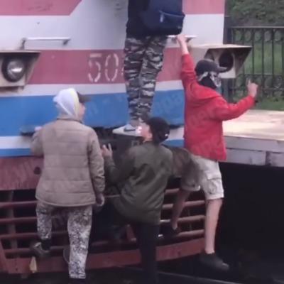 В Киеве проучили подростков-экстремалов (видео)
