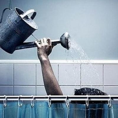 В Киеве 54 дома остались без горячей воды на две недели