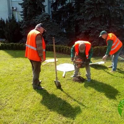 В Святошинском районе установили арт-объекты к Пасхе (фото)