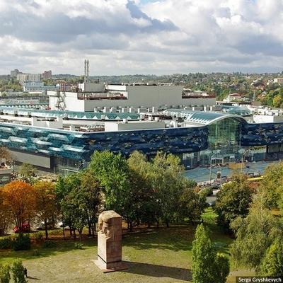 Вагиф Алиев выкупит ТРЦ Ocean Plaza