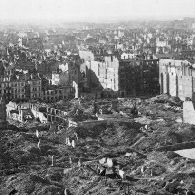 Польша подсчитала ущерб от нацистской оккупации