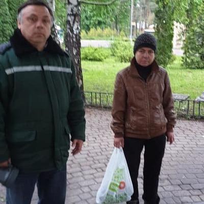 В киевском парке женщина решила нарвать себе тюльпанов
